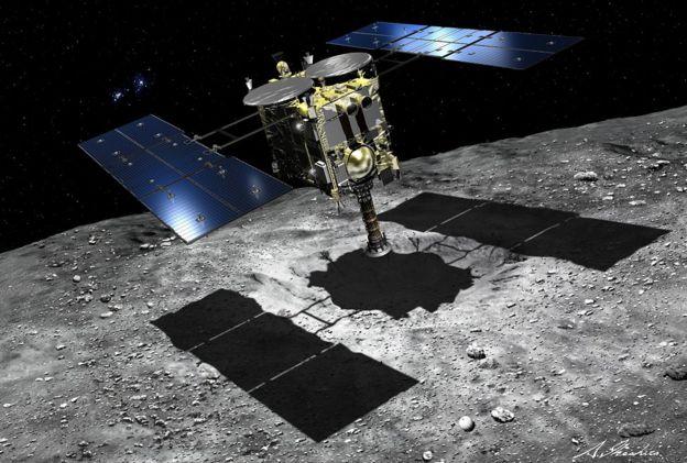 Japán rizsgombócra emlékeztető aszteroidáról küld képeket a Hajabusza-2